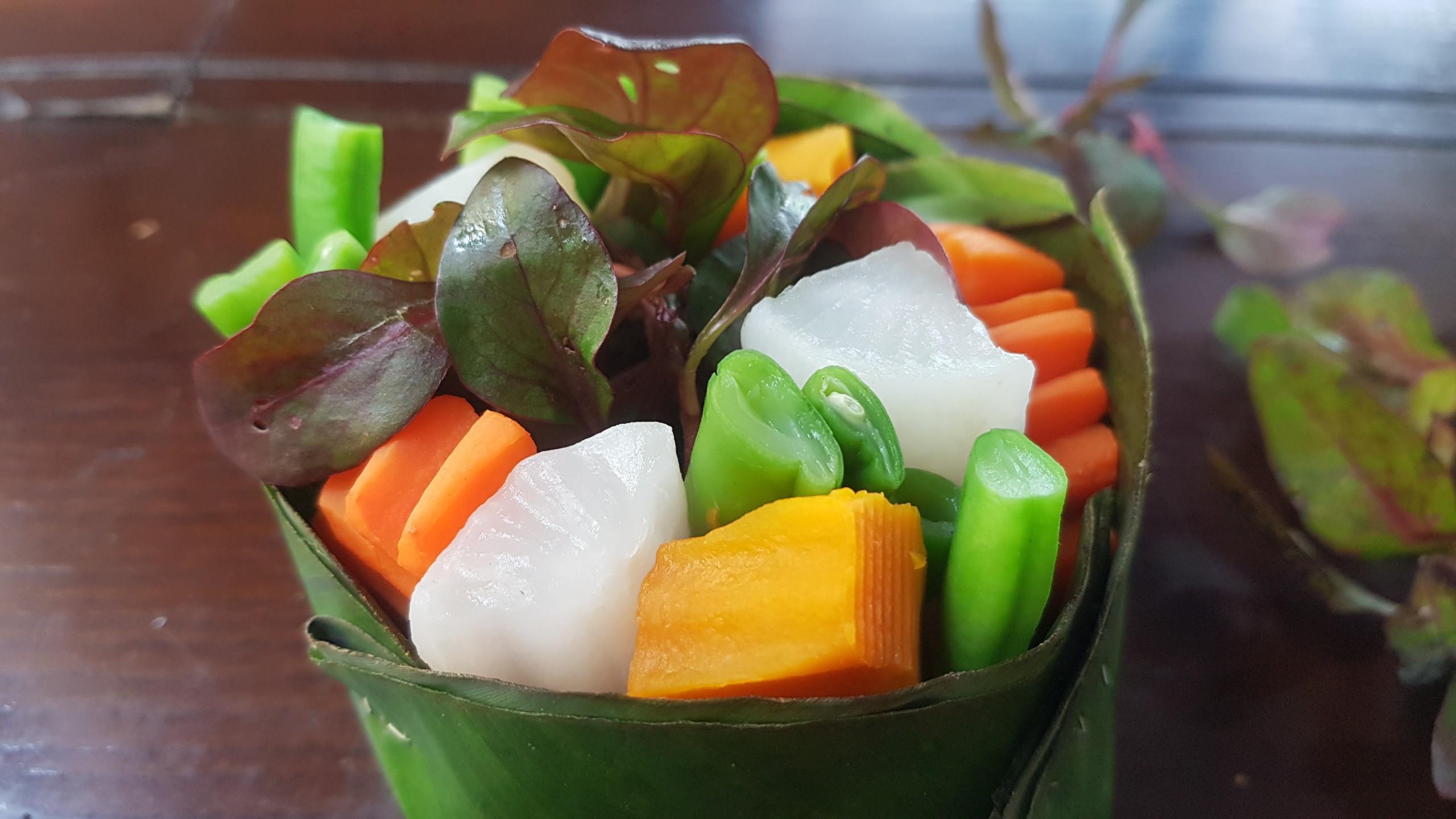 Bếp trưởng hướng dẫn làm mâm cỗ chay hương hoa mừng đại lễ Phật đản 2021 - Ảnh 6.