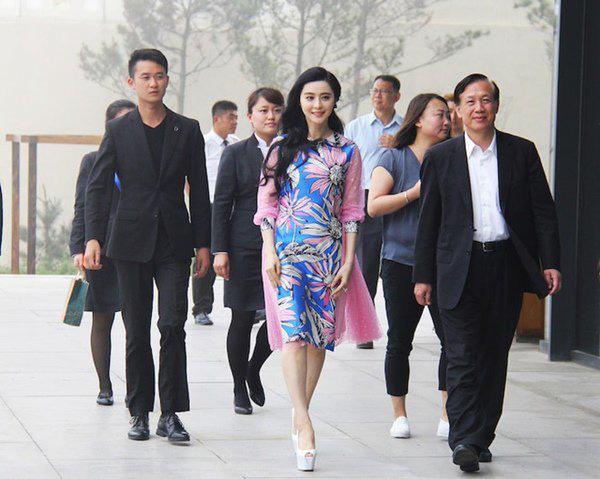 Sau Song Joong Ki, đến lượt nhà tân hôn của Phạm Băng Băng và Lý Thần bị phá bỏ - Ảnh 7.