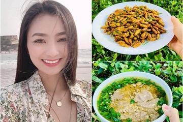 """""""Chị đẹp"""" làng phim Việt nấu đồ ăn ở Mỹ, hàng xóm và trẻ con tò mò sang nhà xem"""