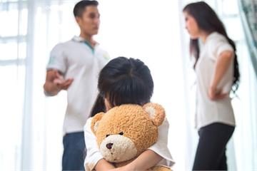 Muốn ly dị để được dạy con theo cách của mình
