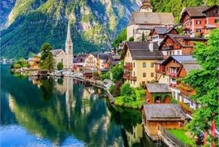 Mê mẩn lạc bước trong thị trấn được xem là đẹp nhất thế giới
