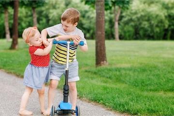 """5 dấu hiệu trẻ thông minh giả, cha mẹ tưởng hay tự hào khoe khoang ngờ đâu """"sai bét"""""""