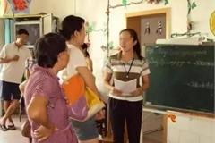 Bố mẹ nói nhỏ 3 điều với cô giáo, con ở lớp sẽ được chăm sóc, quan tâm nhiều hơn