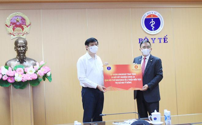 Tỷ phú Phạm Nhật Vượng khẳng định làm dự án vaccine hoàn toàn phi lợi nhuận - Ảnh 2.