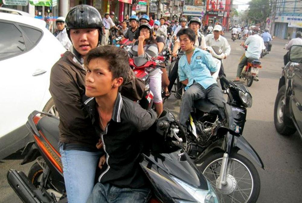 Người Sài Gòn cứ ra đường là sợ cướp-3