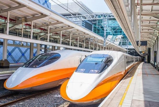 Chọn đường sắt hay sân bay-3