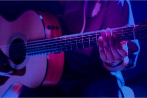 Từ 1/10, Facebook có thể xóa tài khoản nghệ sĩ phát trực tiếp buổi ca nhạc nếu không đáp ứng đủ điều kiện