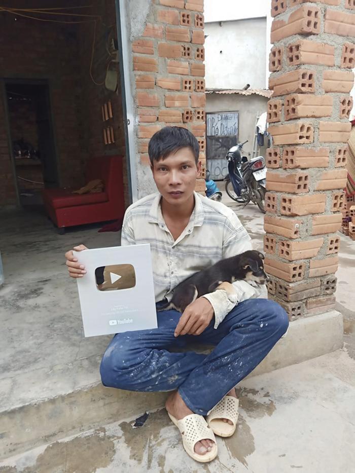 Kênh YouTube thu nhập trăm triệu của Lộc Fuho sắp bị xoá xổ vì lý do bất ngờ Ảnh 3