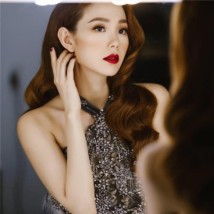 10 sao Việt được yêu thích nhất trên Facebook: Sơn Tùng M-TP đứng thứ 2, ai là người thứ nhất? Ảnh 3
