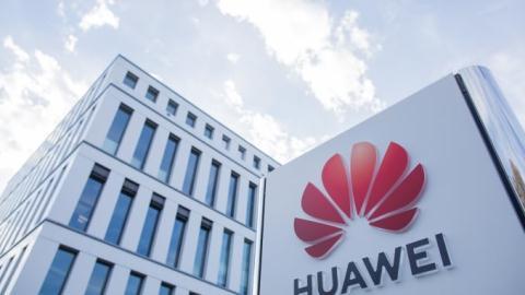 Huawei, ZTE gánh them dòn cám: Nuóc Mỹ cũng loay hoay