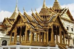 Đại gia Việt Nam không kém cạnh đại gia Dubai, chịu chơi dát vàng cả tòa nhà