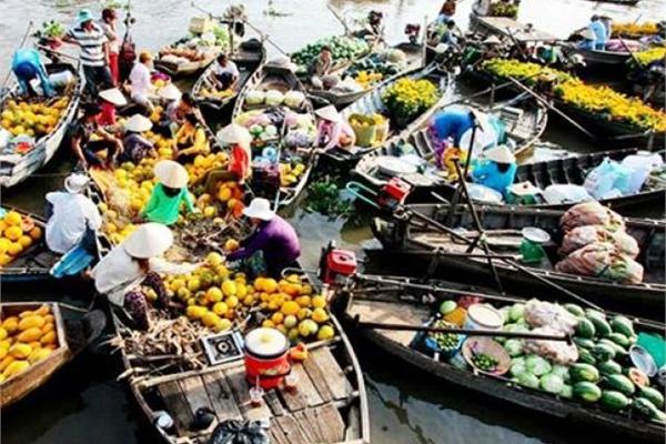 Có gì trong 5 khu chợ nổi nức tiếng Việt Nam?