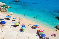 Khách du lịch bị mất gần 30 triệu chỉ vì túi cát biển