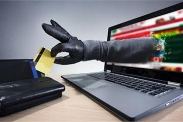 Mất tiền trong tài khoản vì truy cập vào đường link lạ