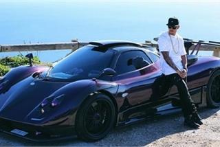 Bộ sưu tập siêu xe 17 triệu đô của huyền thoại đường đua F1