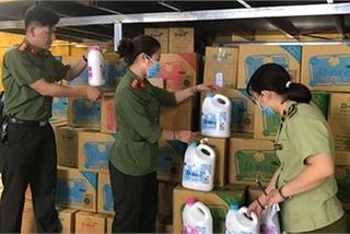 Cảnh giác với nước giặt giá rẻ bán tràn lan trên mạng