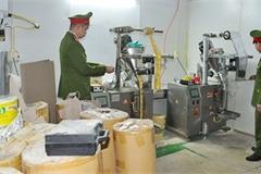 Phát hiện cơ sở sản xuất sản phẩm dinh dưỡng kém chất lượng