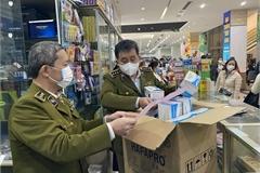 Gia tăng hiện tượng gom hàng, tăng giá sản phẩm y tế phòng virus Corona