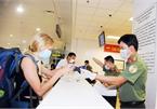 Bệnh nhân thứ 17 có 2 hộ chiếu khi nhập cảnh trở lại Việt Nam