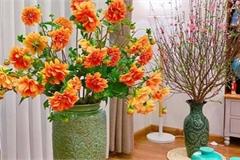 Mê mẩn với những bình hoa ngập sắc xuân của chị gái Hà thành