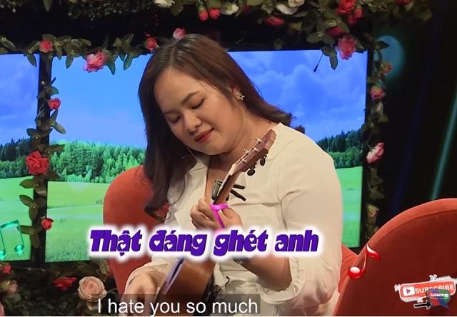chang trai me nhau vac bao tai qua chinh phuc nguoi dep nganh du lich hinh anh 4