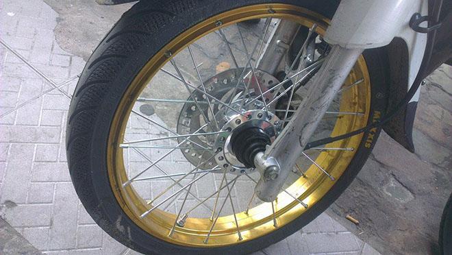 lốp không săm xe máy