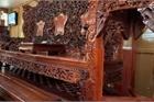 Choáng trước bộ bàn ghế 'khủng' giá 5 tỷ của đại gia Yên Bái