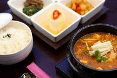 Cách nấu canh tương hải sản Hàn Quốc tại nhà
