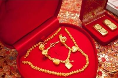 Chi bộn tiền sắm sính lễ, người đàn ông sốc nặng khi biết bộ mặt thật vợ sắp cưới