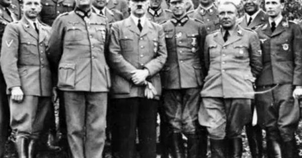 Lý do không ngờ khiến Hitler hung hăng tột độ, tàn sát triệu người