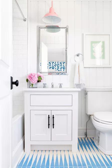 7 ý tưởng thiết kế phòng tắm đẹp mê li dành riêng cho các anh chàng cô nàng tuổi teen