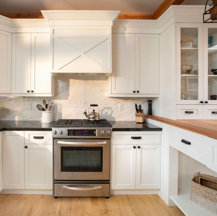 Có ngân sách hạn chế bạn vẫn có thể làm mới phòng bếp chỉ bằng 4 cách này