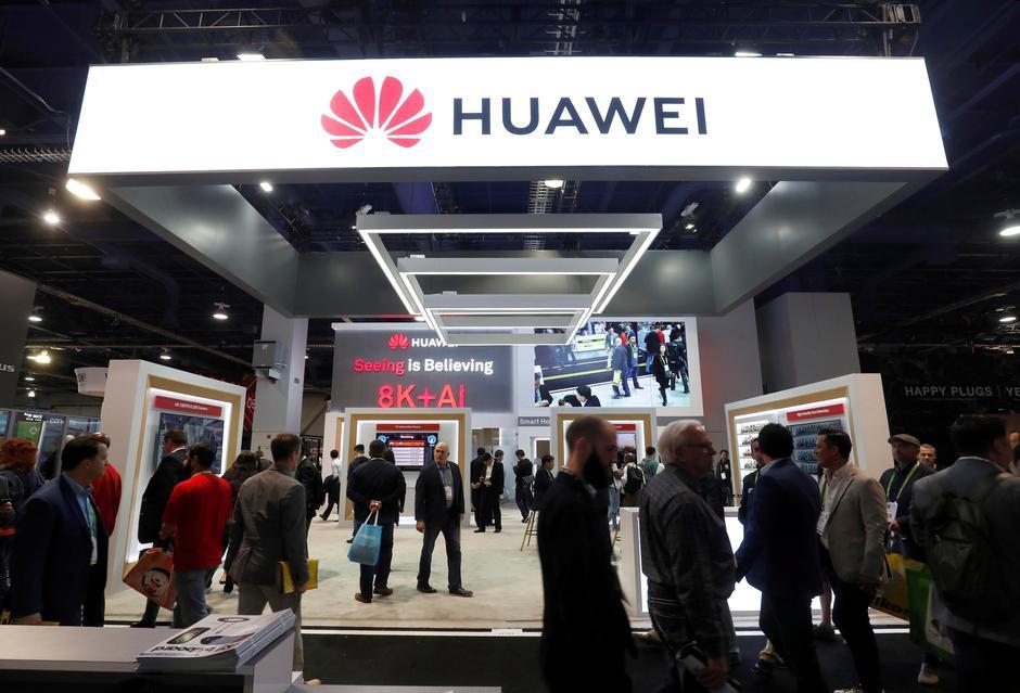 Bất chấp sức ép, ông chủ Huawei vẫn ra tín hiệu làm ăn với Mỹ - Ảnh 1.
