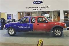 Ford Ranger hai đầu khiến người nhìn mất phương hướng
