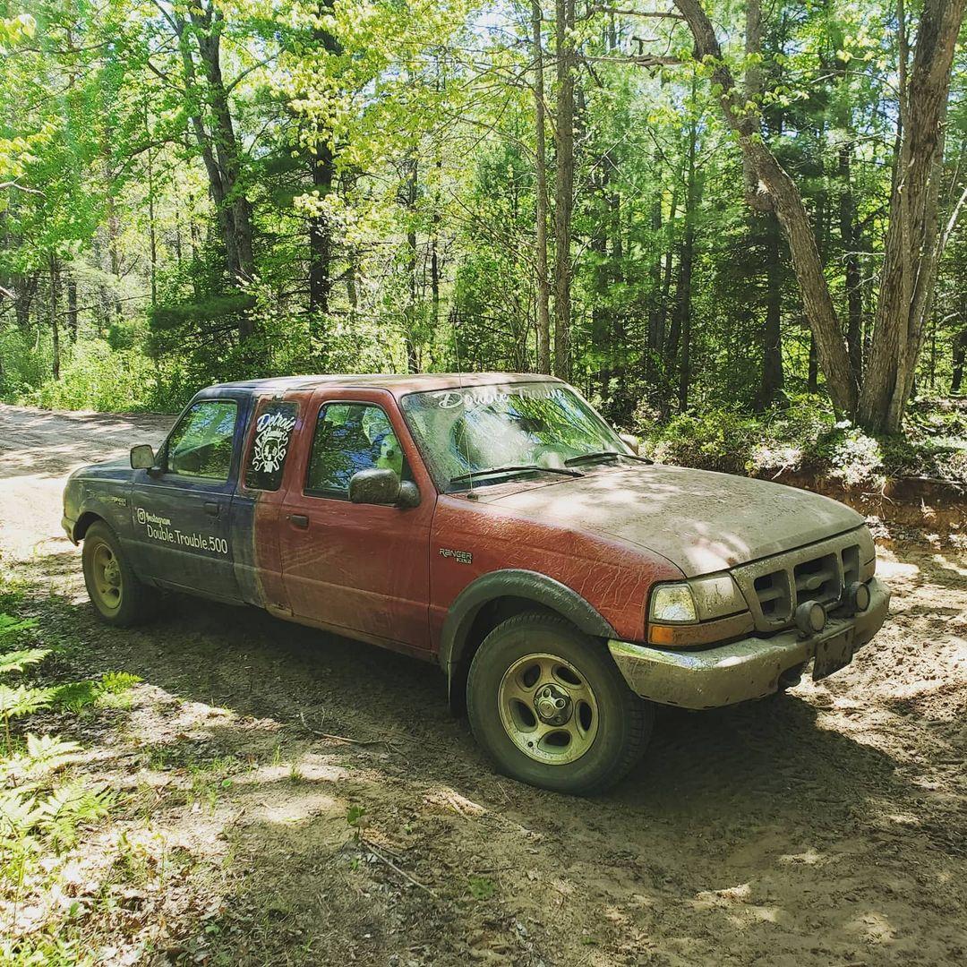 Đây là chiếc Ford Ranger khiến người nhìn mất phương hướng, tương lai có thể lái được từ cả 2 đầu - Ảnh 1.