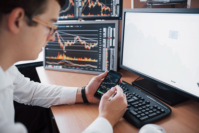 A range of new platforms are appearing on the scene to help potential new stock market players