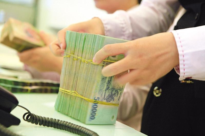 MoF urges stricter control over risky corporate bonds in Vietnam