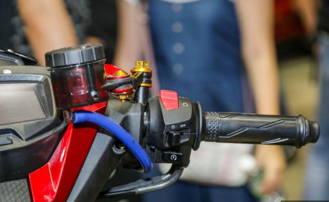 choang: exciter 150 bien hoa thanh loat moto sieu hoanh trang hinh anh 12