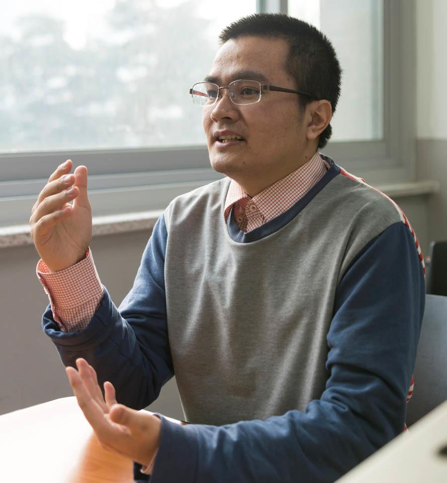 8X Việt học nhờ máy tính trở thành tiến sĩ công nghệ, dạy ở ĐH Hàn Quốc