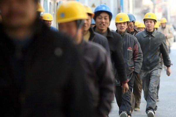 Tương lai mù mịt của hàng triệu lao động TQ do Covid-19
