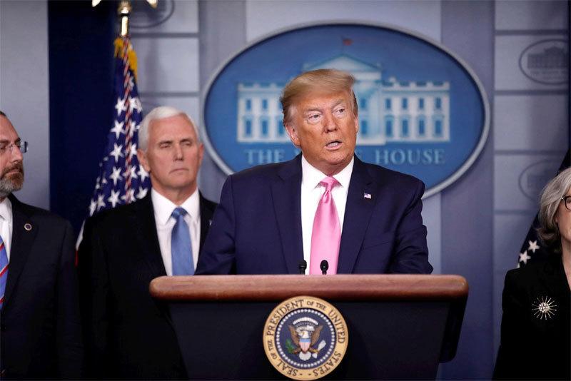Ông Trump chỉ định phó tổng thống phụ trách chống dịch
