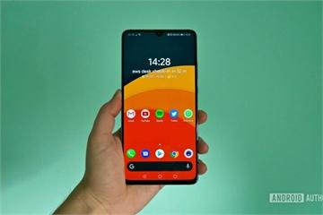 """Những chiếc smartphone kích thước """"khủng"""" nhất từng được tạo ra"""