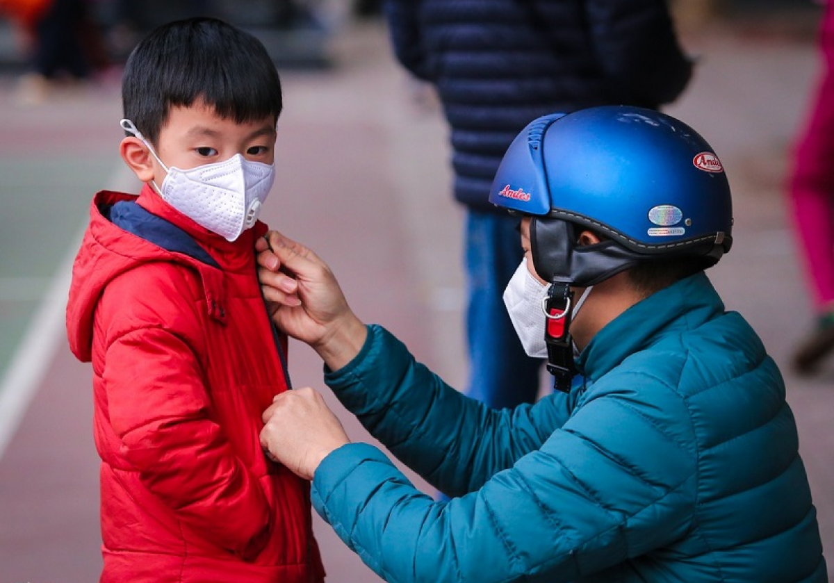 Mask wearing is compulsory in Vietnam during the COVID-19 outbreak, even when the virus has been brough under control. (Photo: Zing)