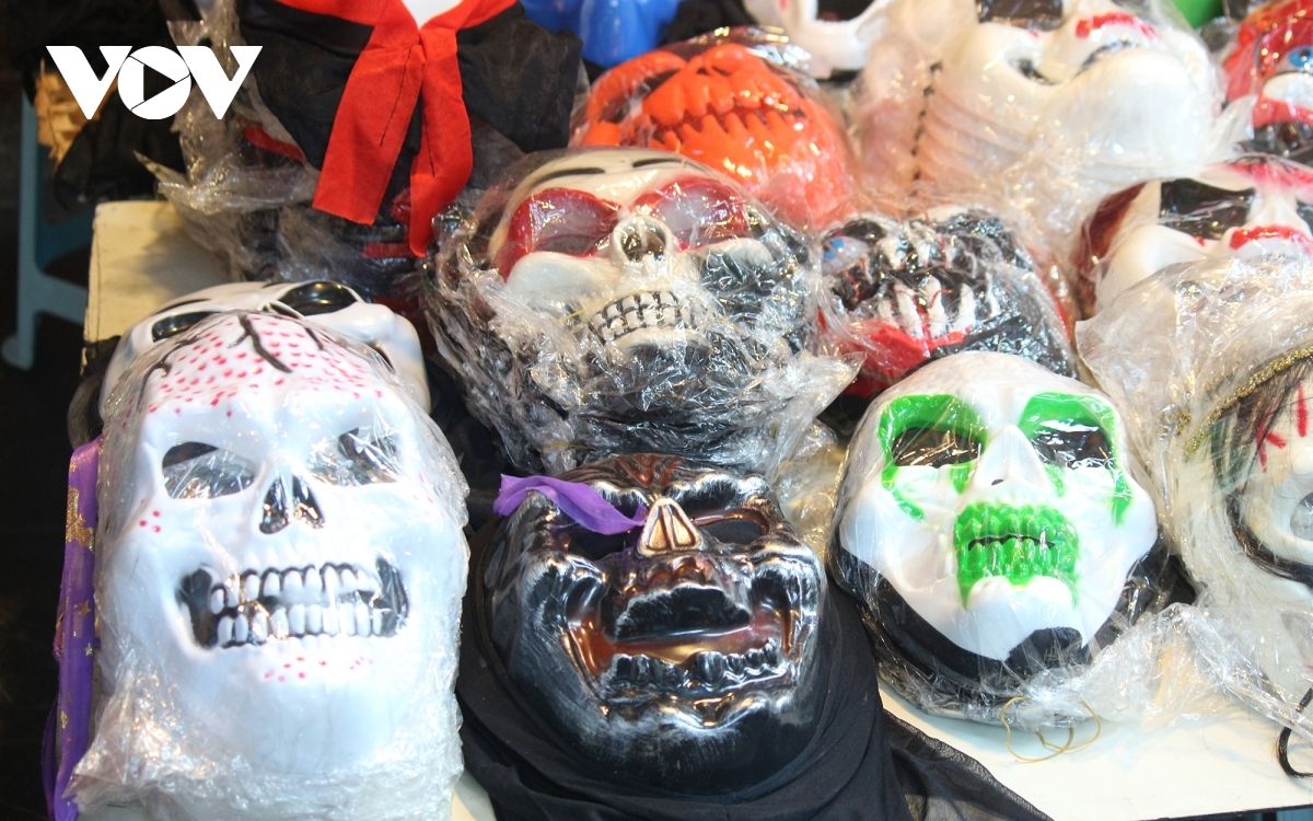 Spooky masks on sale featuring ghosts and ghouls
