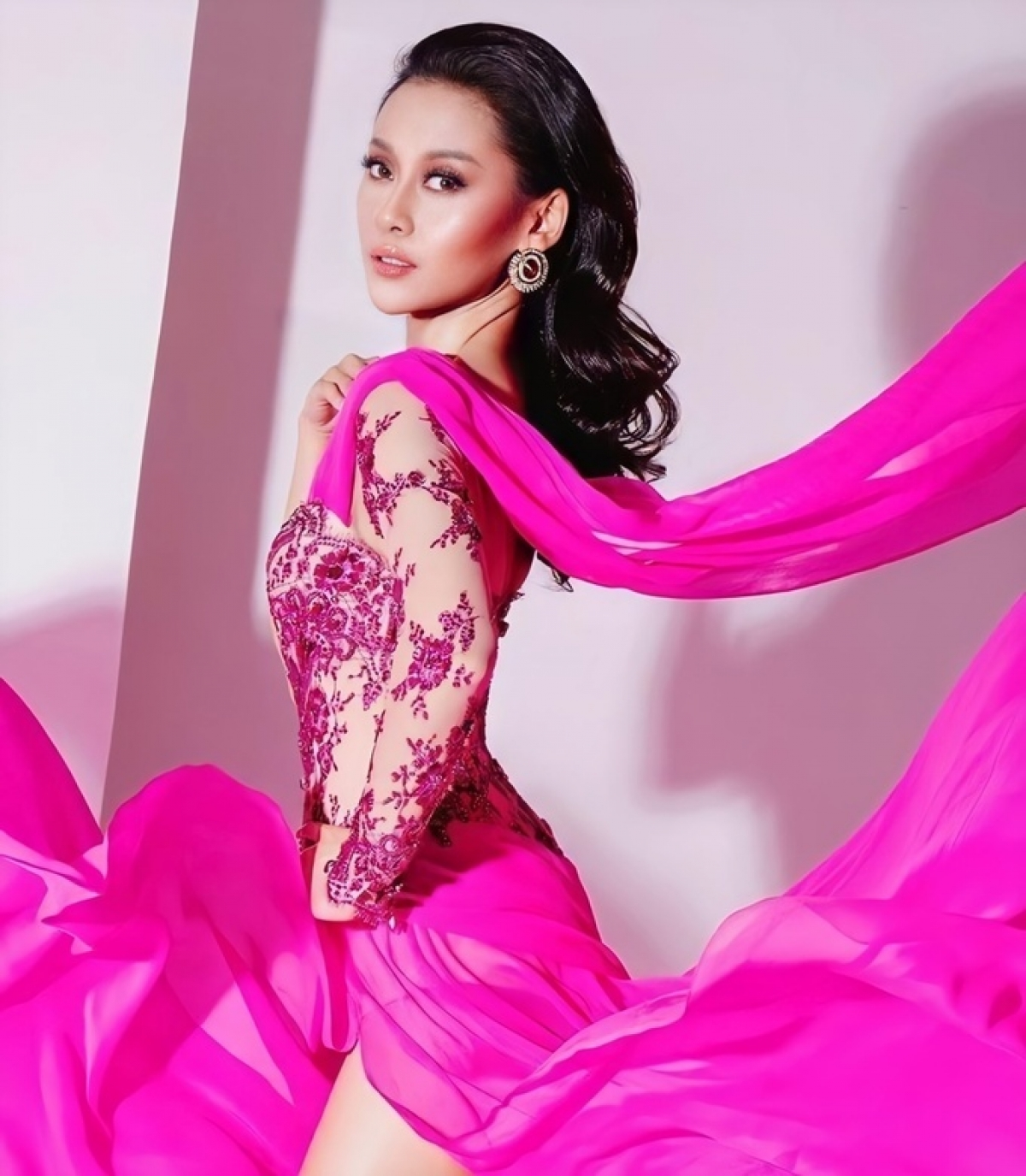 25-year-old Francisca Luhong James of Malaysia, is 1.75 metres tall with measurements of 81-65-90. (Photo: Miss Universe Malaysia)