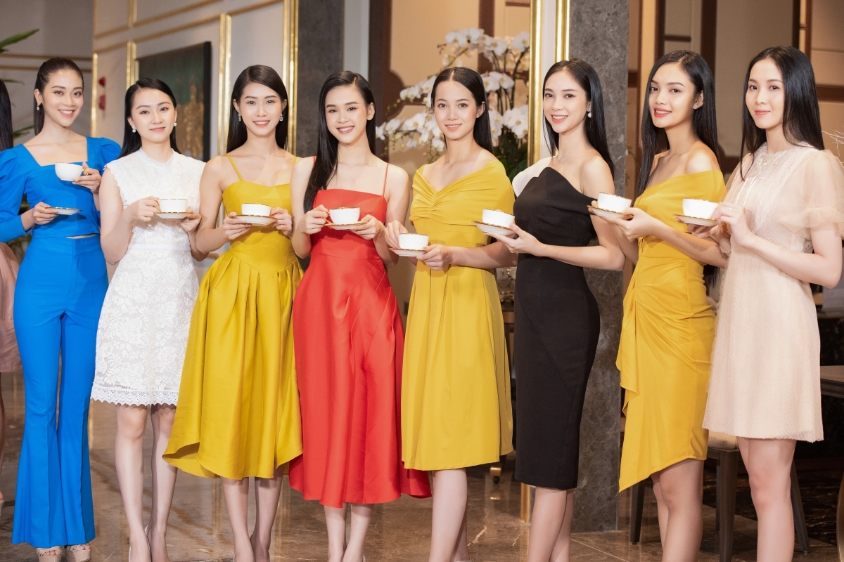 The Top 35 finalists have progressed from the semi-final night which was held in Hanoi last week. They are currently preparing for the Beauty with a Purpose segment which will be their first challenge during the final round of the Miss Vietnam 2020 pageant.