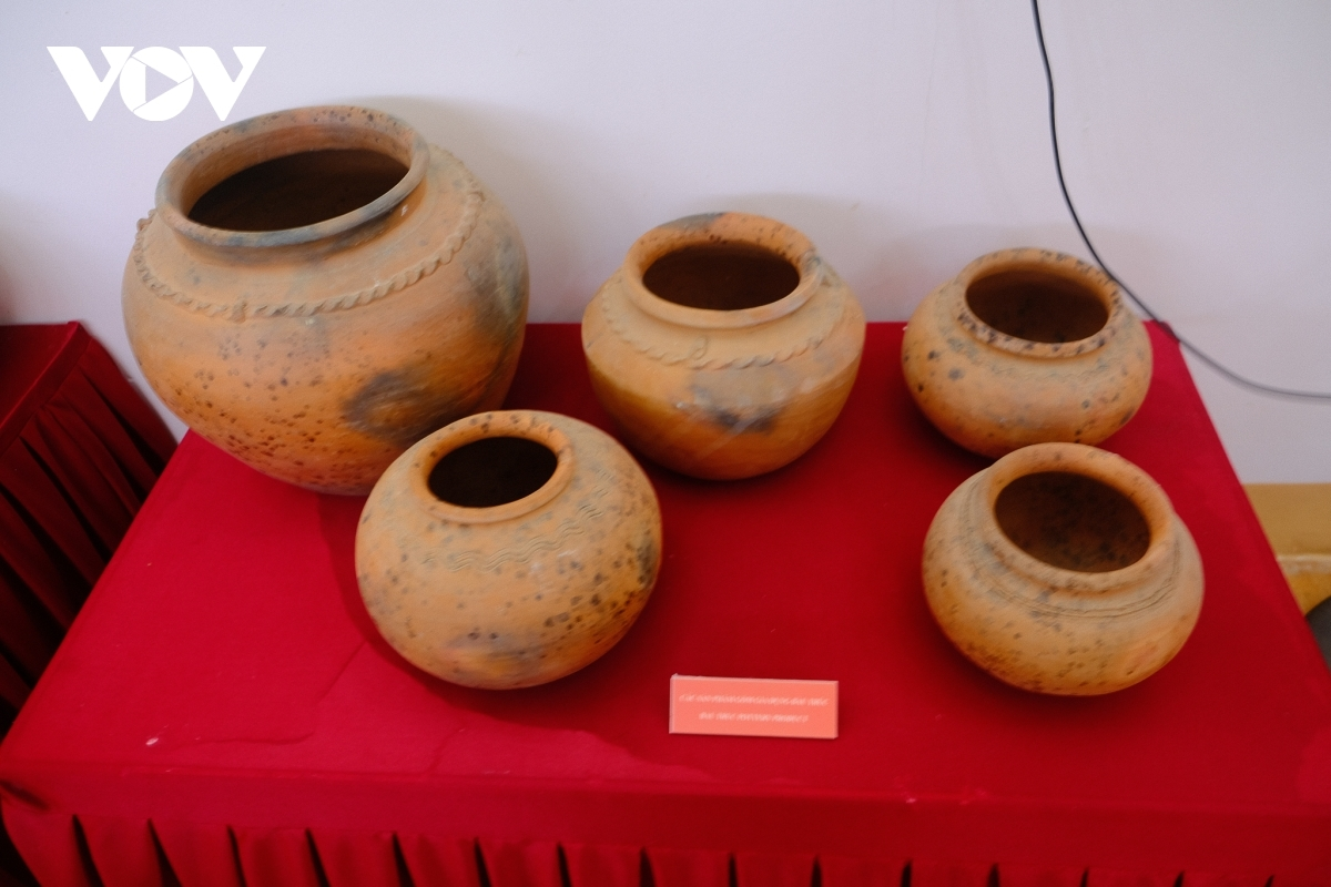 Phan Rang city is also famous for the Bau Truc pottery village, a place that is one of the three most ancient pottery villages throughout Southeast Asia.