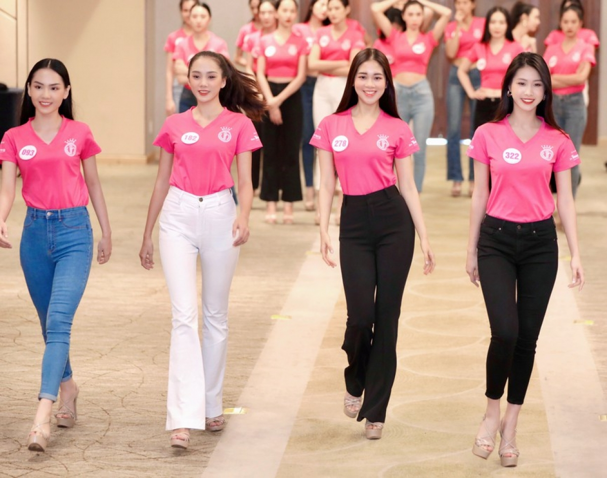 The contestants aim to appear dynamic as they participate in the training session in Ho Chi Minh City.