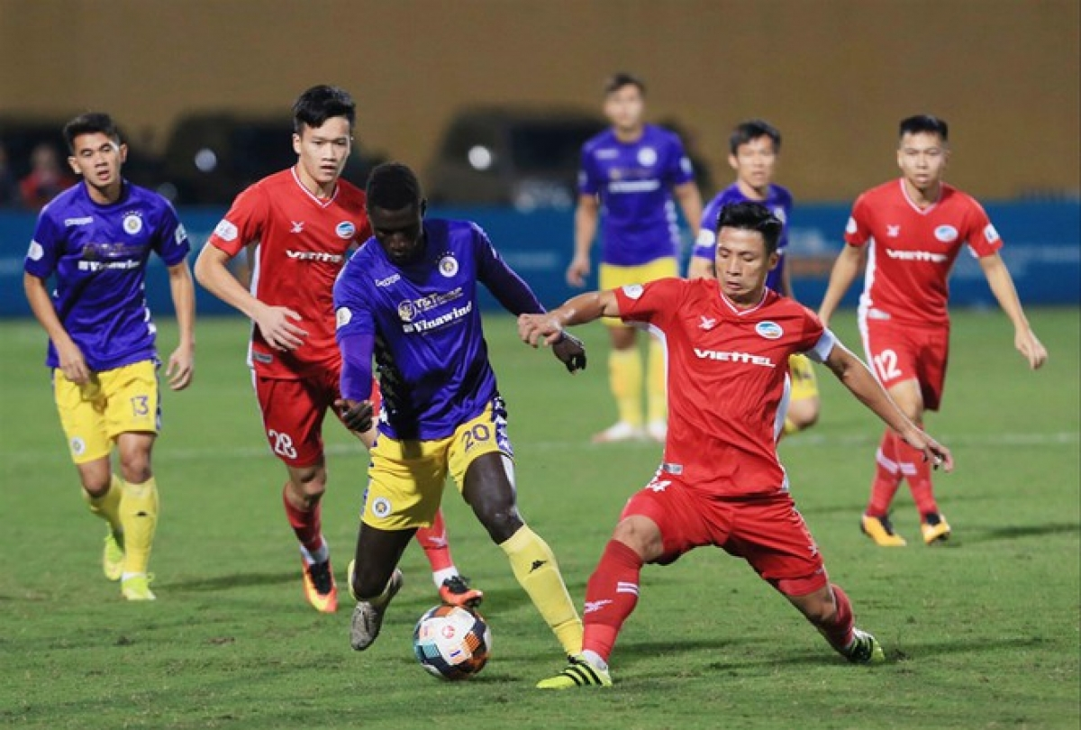 Viettel FC footballers (in red jersey) qualify for group stage of 2021 AFC Champions League