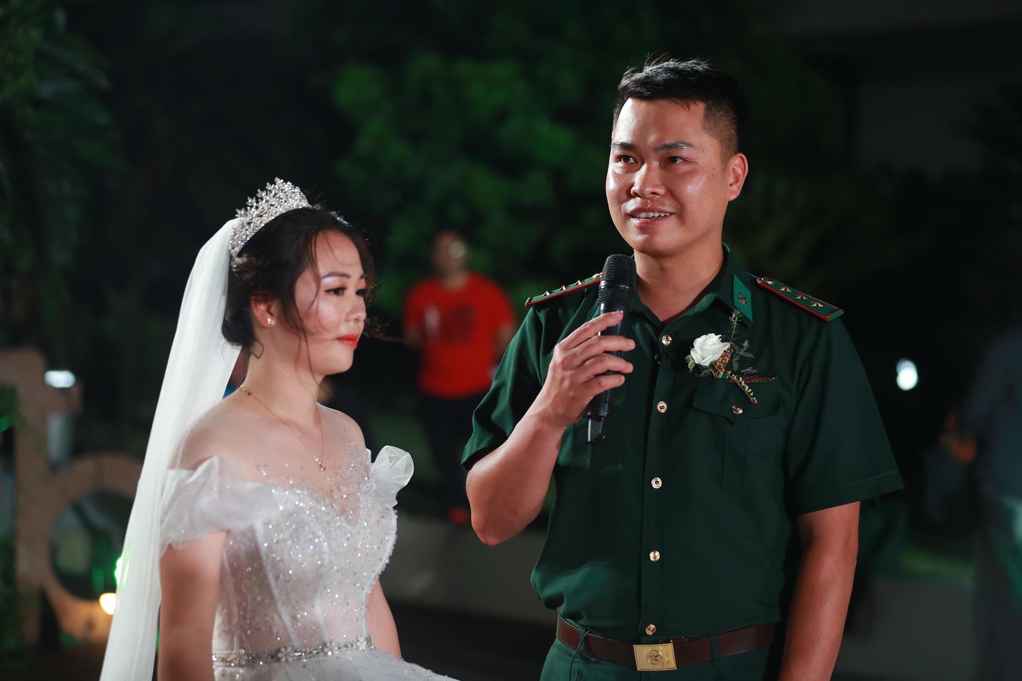 Điều ước thứ 7: Đám cưới đặc biệt của người chiến sĩ giữa mùa dịch COVID-19 - Ảnh 10.